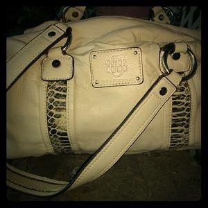 ⭐FREE W/ANY PURCHASE⭐Dana Buchman Shoulder Bag